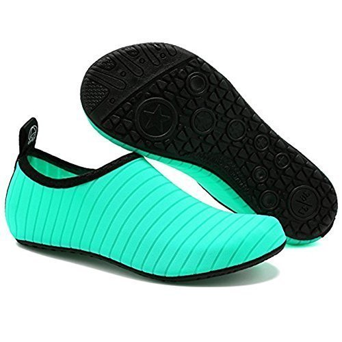 Green unisex boating shoes