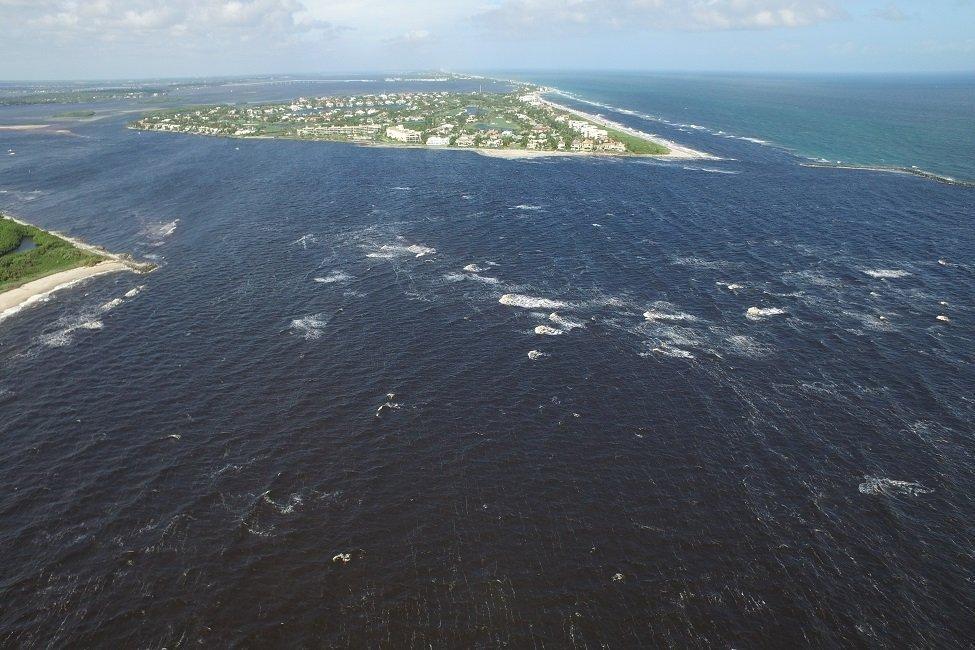lake okeechobee fishing spot in Florida