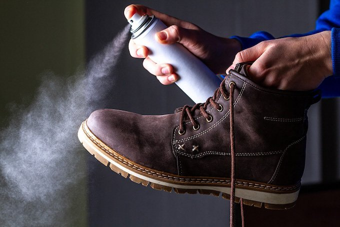 How to waterproof a leather hiking shoe